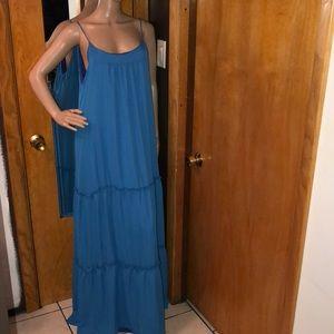 New!!! Beautiful blue maxi dress